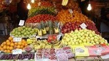 کاهش ۸۵ درصدی قیمت میوه های نوبرانه/ تغییر فصل دلیل افزایش قیمت انبه