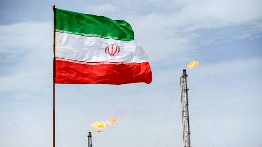 شرکتهای کُرهای برای از سرگیری خرید نفت به ایران میآیند