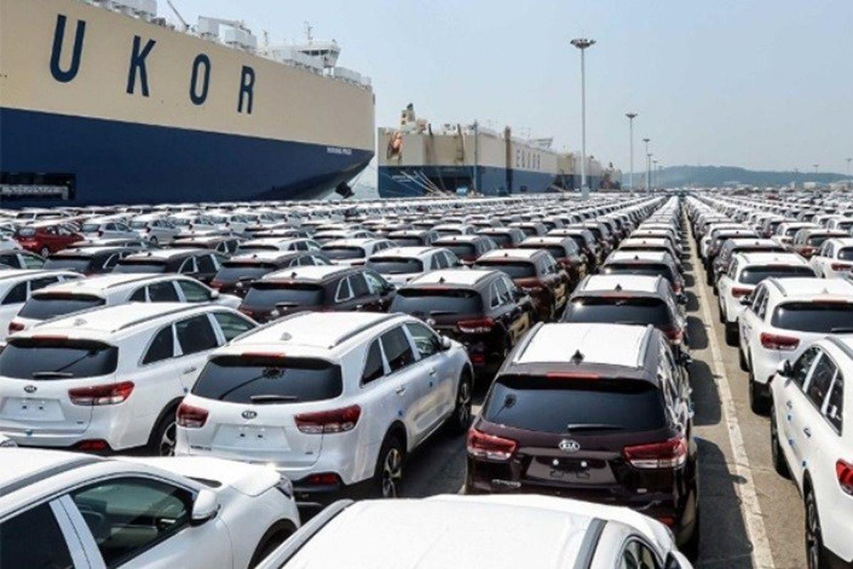 واردات خودرو، قیمتها را متعادل میکند / شورای رقابت! بازار را آزاد بگذار!