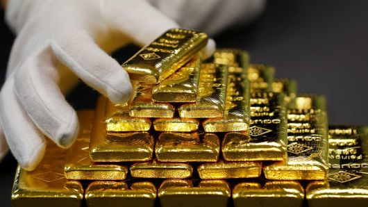 طلای جهانی درخشید