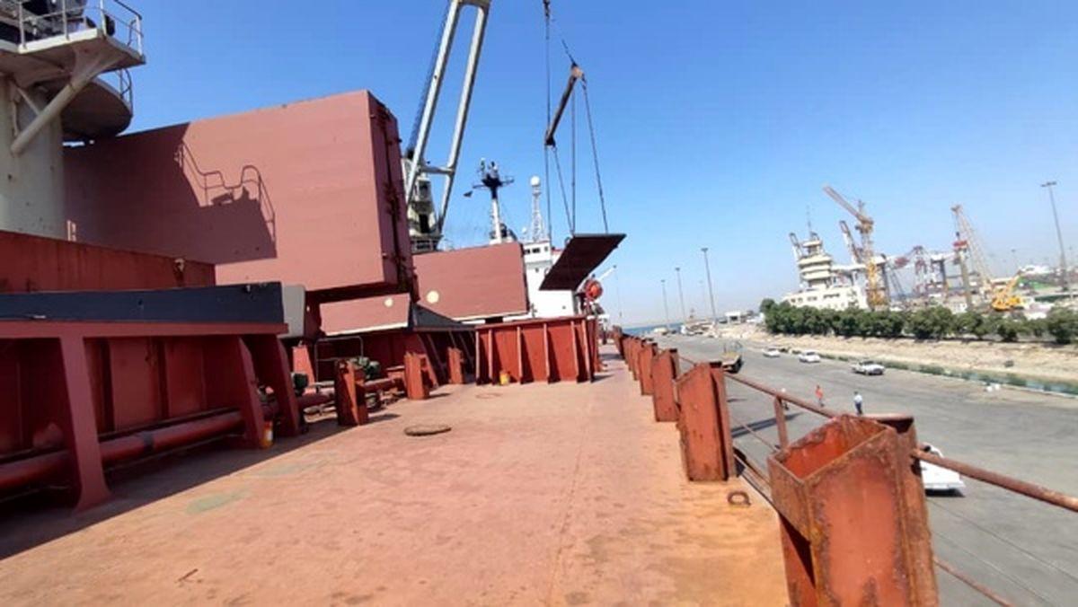 صادرات مستقیم محصولات شرکت فولاد اکسین خوزستان از سر گرفته شد