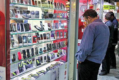شرکتهای واردکننده موبایل تا ۲۰ فروردین تعطیل شدند