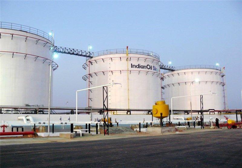 تقاضای سوخت هند نصف شد