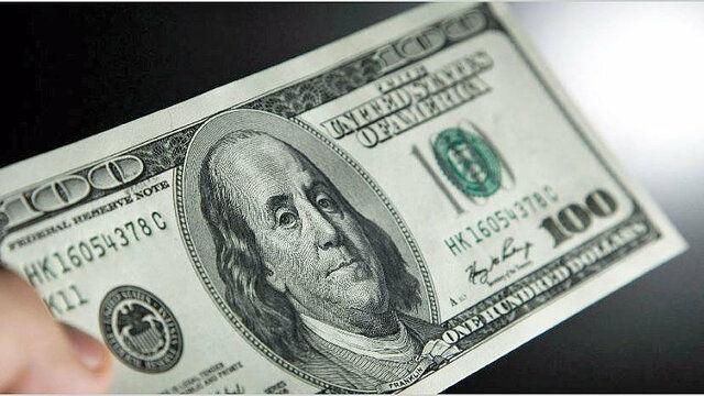 دلار جهانی یک کانال عقب رفت