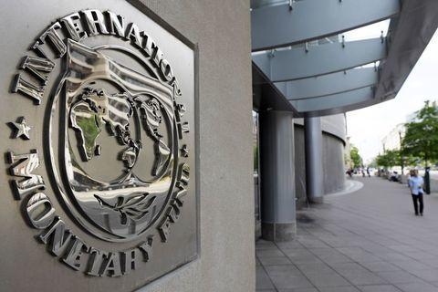 موافقت صندوق بینالمللی پول با پرداخت ۵.۵ میلیارد دلار به اوکراین