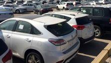 رکود کامل بازار خودروهای خارجی و رونق اندک داخلیها / اتحادیه نمایشگاهداران: بازار خودرو دیگر برای دلالان جذاب نیست