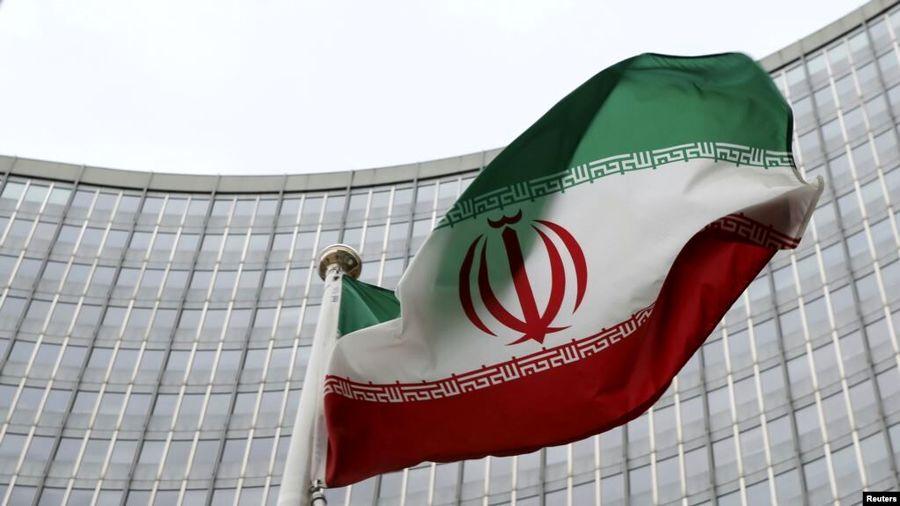ساندی تایمز: رفع تحریمهای ایران در راه است