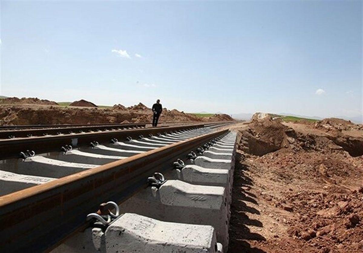 سرعت ساخت راهآهن ایران و عراق بیشتر میشود