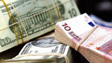 ۵ دلیل کاهش نرخ دلار/ عملکرد ۶ ماهه بازار ارز