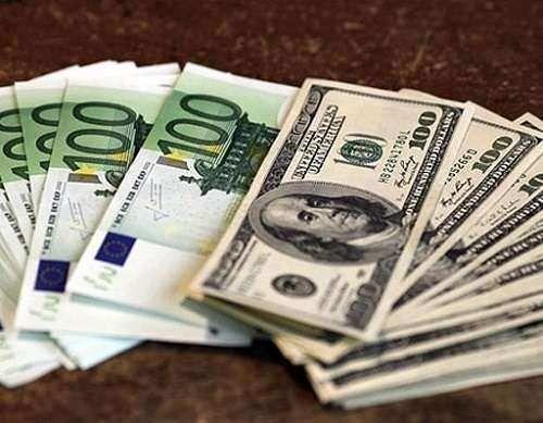 مسائل سیاسی به قیمت ارز جهت میدهد