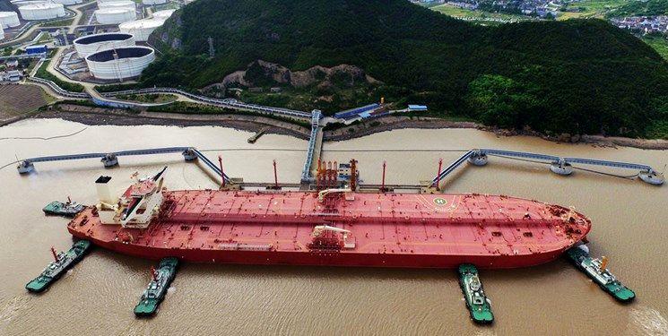 ادعای رویترز: محموله های توقیف شده سوخت ایران، برای انتقال به آب های آمریکا به کشتی های دیگر منتقل شده است و حکم توقیف تنها برای محموله هاست نه نفتکش ها