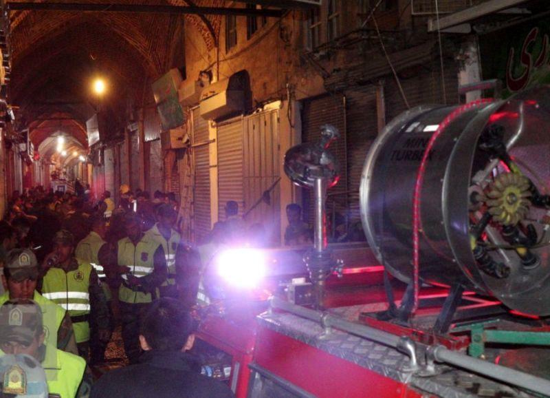 16 مصدوم در آتشسوزی بخشی از  بازار تبریز