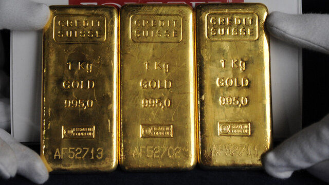 دلار راه صعود طلا را بست