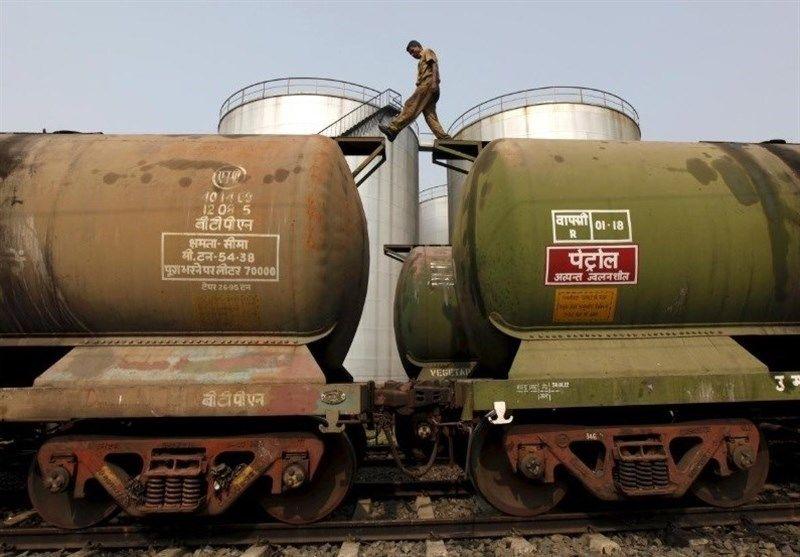 هند ۳۲ میلیون تن نفت ارزان برای پر کردن ذخایر خود خرید