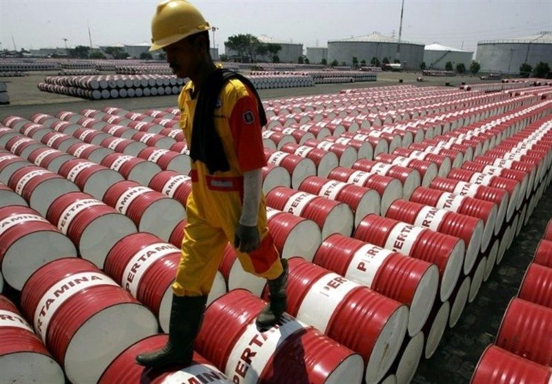 درآمد شرکتهای بزرگ نفتی ۳۵.۴ درصد در ۲۰۲۰ کاهش یافت