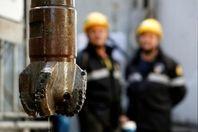 پالایشگاههای نفت آمریکا برای جبران اختلال عرضه تولیدکنندگان خلیج مکزیکو مشتری نفت عراق و کانادا شدند
