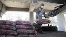 ثبات قیمت ها در بازار سیمان / دولت فکری به حال رونق بازار کند