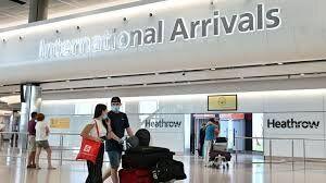 همه مسافران پروازهای خارجی در بریتانیا قرنطینه می شوند