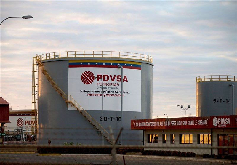 تولید نفت ونزوئلا به پایینترین رقم از ۱۹۴۵ رسید