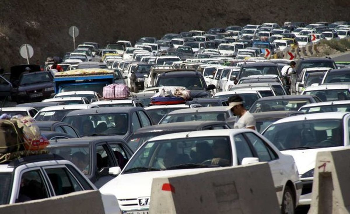 وضعیت فروش خودروسازان چگونه است؟